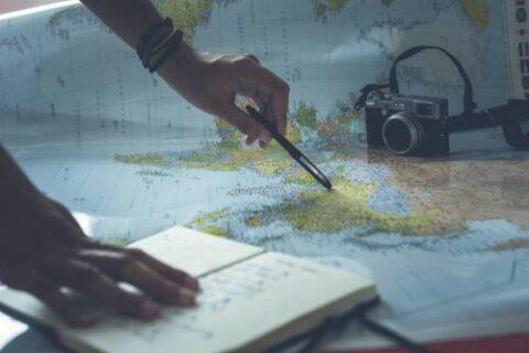 Travel & Make Money - 5 Successful Travel Blogging Strategies